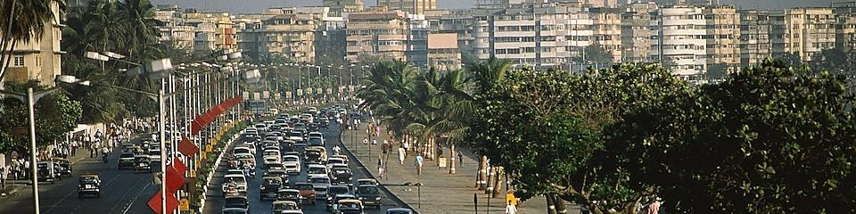 File op Marine Drive in Bombay, India